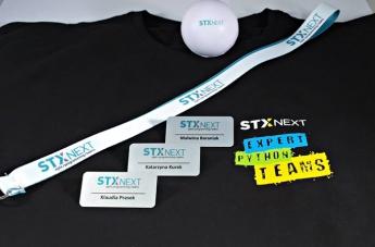 Zestaw gadżetów - STX Next