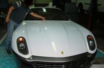 Oklejanie Ferrari 599 - w trakcie - 3