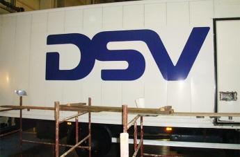 Oklejanie pojazdów - DSV - 1