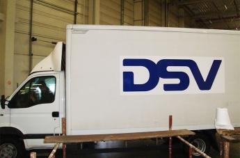 Oklejanie pojazdów - DSV - 4