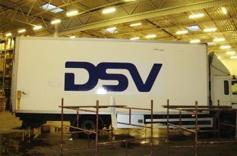 Oklejanie pojazdów - DSV - 5